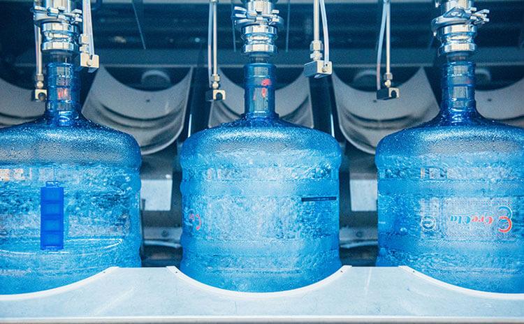 RO水が安心な理由② 厳しい衛生管理